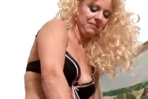 golden-haired mamma merilyn sucks and copulates