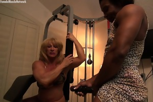 wildkat and nadia have an interesting workout time