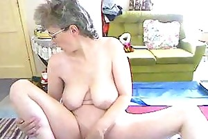 saggy mommy on livecam