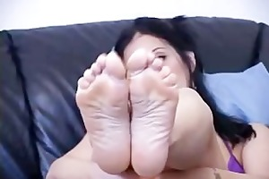 masturbation teacher teases knobs using her feet
