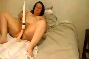big beautiful woman older uses hitachi and sex-toy