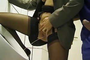 public crap-house oral job and peeing with