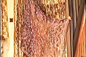 yvonne dances exposed