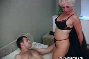 hot lascivious mommy wakes stepson with a