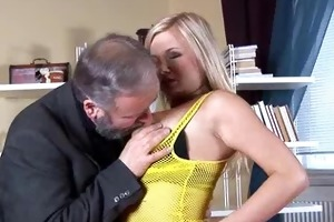 breasty mama plays with her massive love bubbles