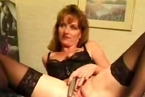 older mommy drilled in hotel by younger
