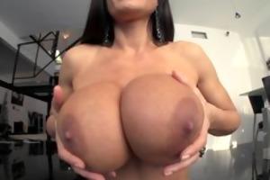 livegonzo lisa ann breasty older floozy receives