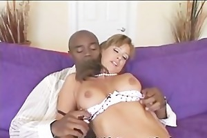 babe worships massive black jock