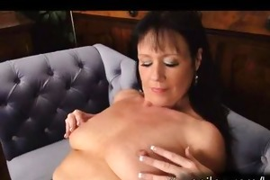 excited d like to fuck elise summers takes off