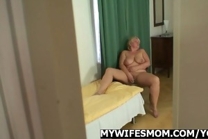 she is catches her guy and mama fucking jointly