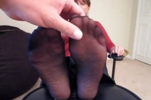 """shes made to say """"cum on my feet""""!!!"""