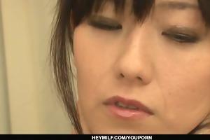 cute oriental cougar manami komukai threesome act