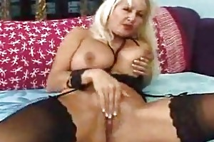 older honey in black nylons acquires a hardcore