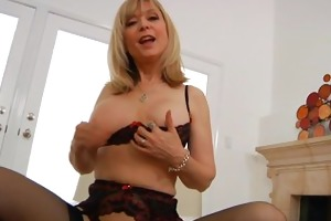 slutty mature granny nina hartley masturbating