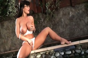dark brown d like to fuck lisa ann playing her