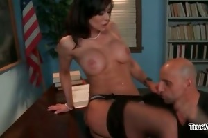 sexy dark brown milf gets sexually excited part2